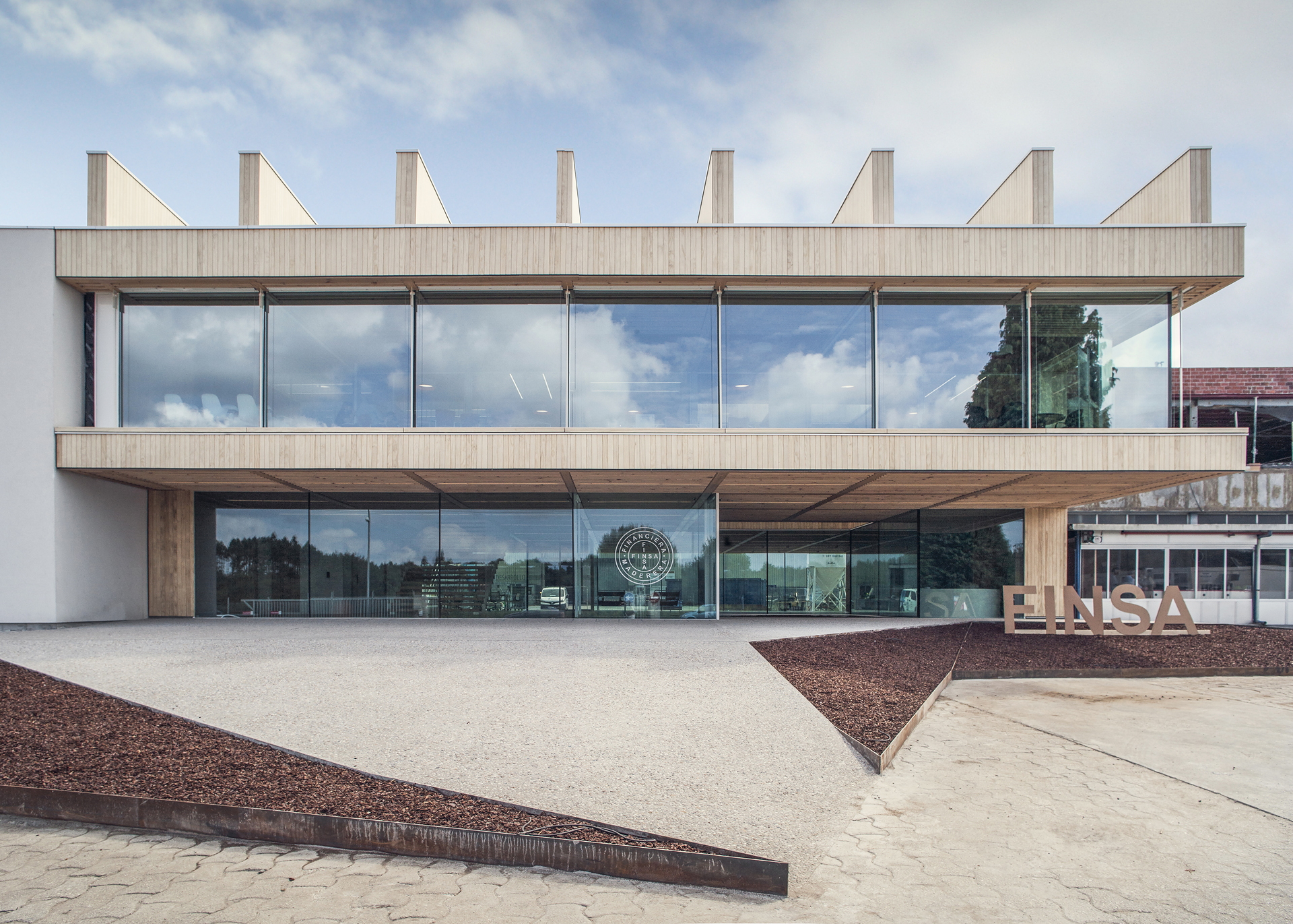 Nueva sede oficinas centrales finsa mrm arquitectos for Exterior oficinas